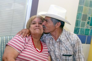 The smooch of the latino couple
